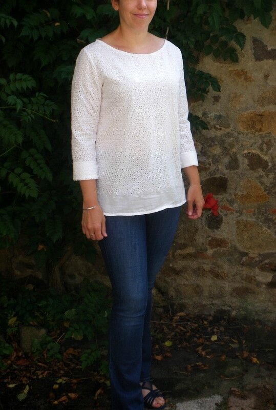 Confortable broderie anglaise (6)