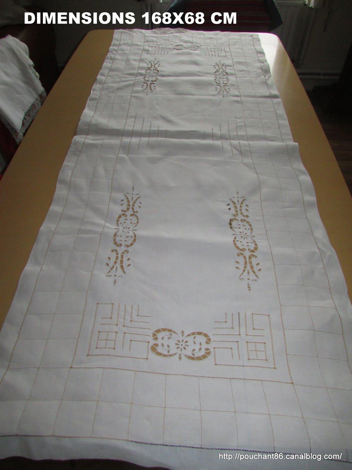 linge ancien brod main chemin de table centre de table. Black Bedroom Furniture Sets. Home Design Ideas
