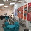 La galerie le hangar organise à evreux des soirées conférence suivi d'un cocktail dînatoire pour les entreprises, clubs,...