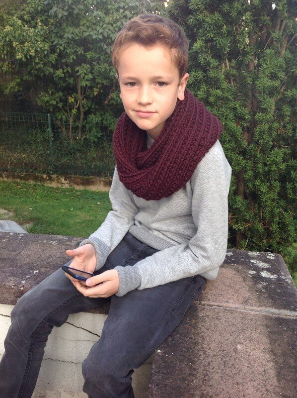 Gus_et_son_snood_Farrow_Rib_Stitch