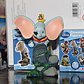 Dumbo figurine disney.