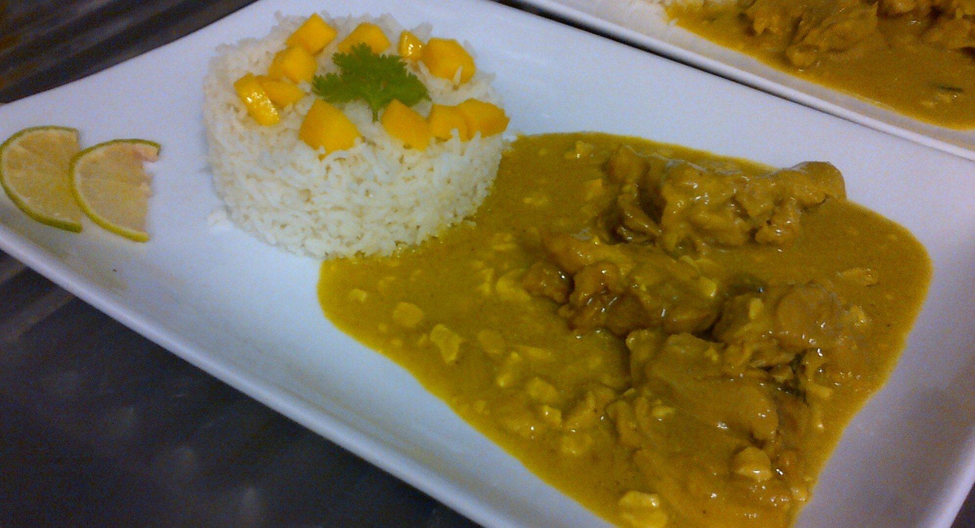 Porc au Curry & à la Mangue, avec Riz