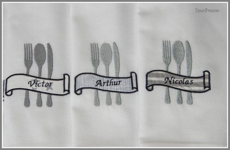 serviette couverts étiquette2