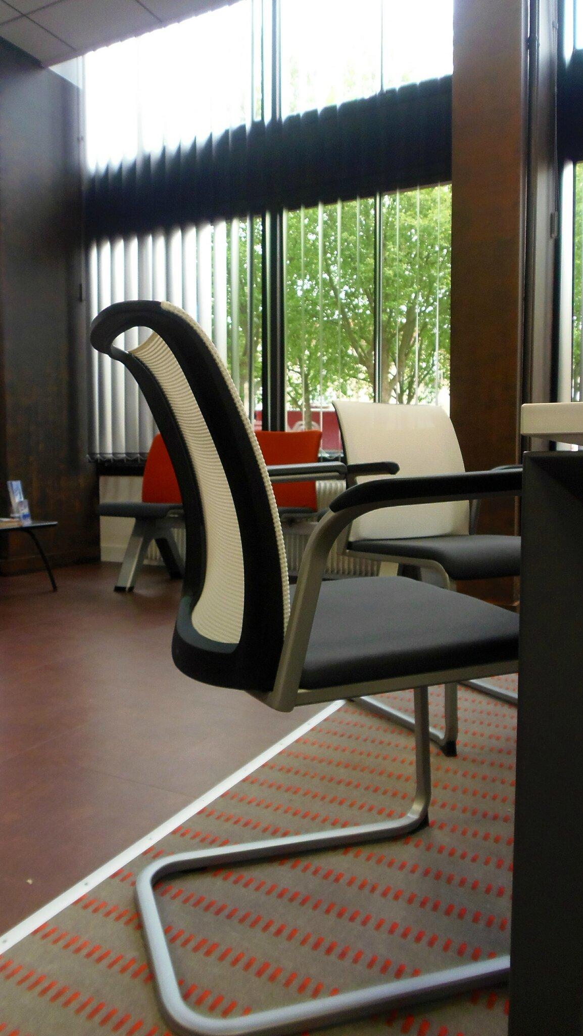 r novation et cr ation des bureaux allianz melun 77. Black Bedroom Furniture Sets. Home Design Ideas