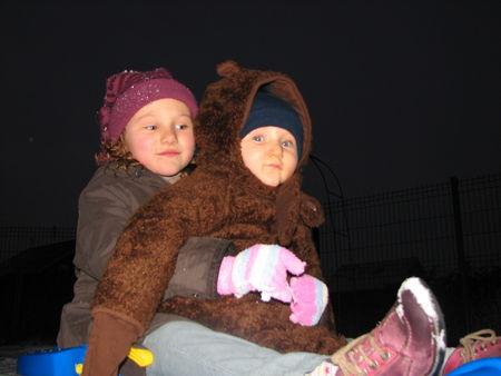 Lou_et_Leny_dans_la_neige_decembre_2009_005