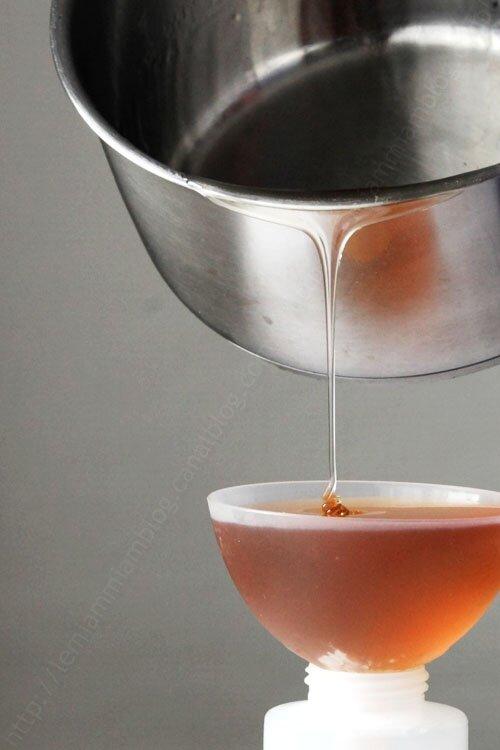 Comment réaliser un caramel liquide qui ne durcisse pas au frais ?