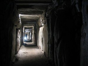 Newgrange_Knowth__15_