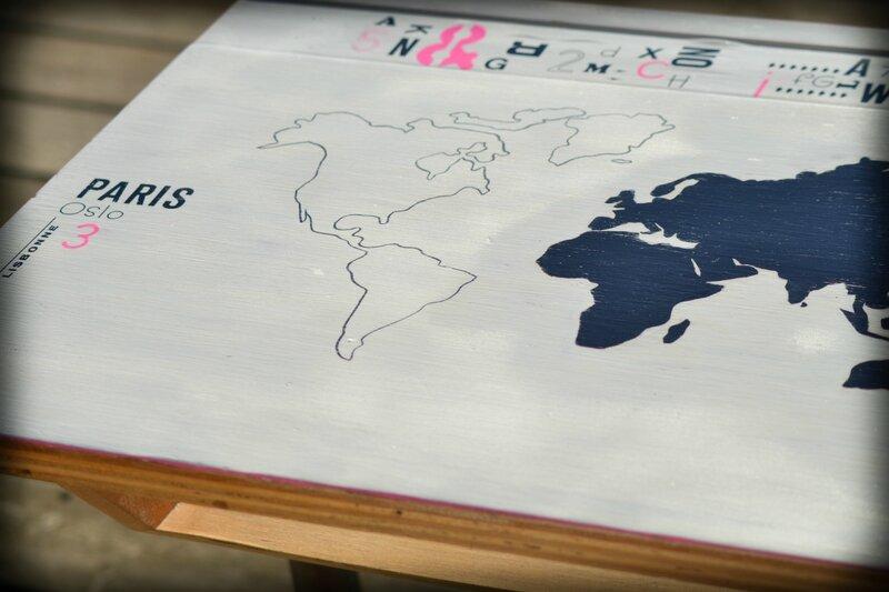 Pupitre Carte du Monde