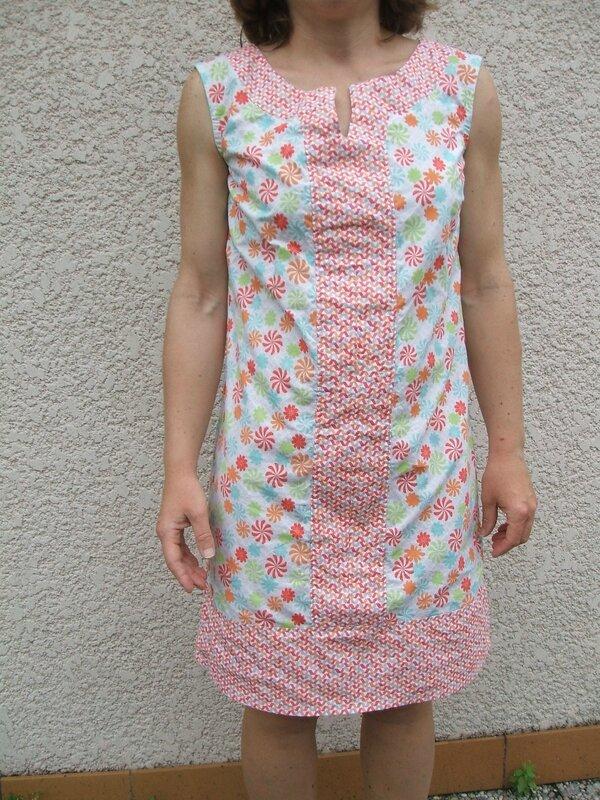 Trousse de couture ciseaux tissus fils for Trousse couture