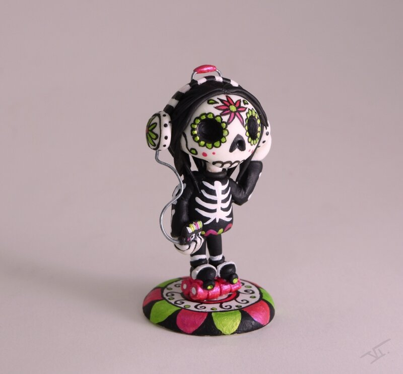Calavera walkman8