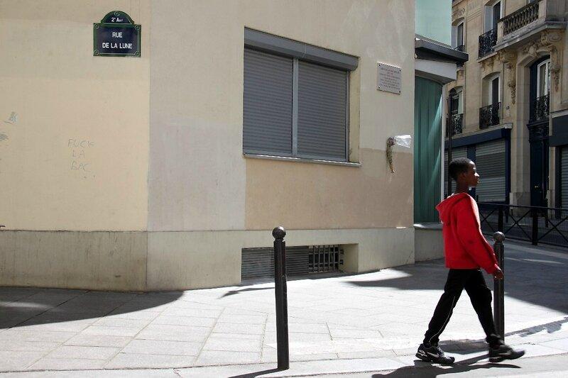 2-Enfance, rue de la Lune_8437