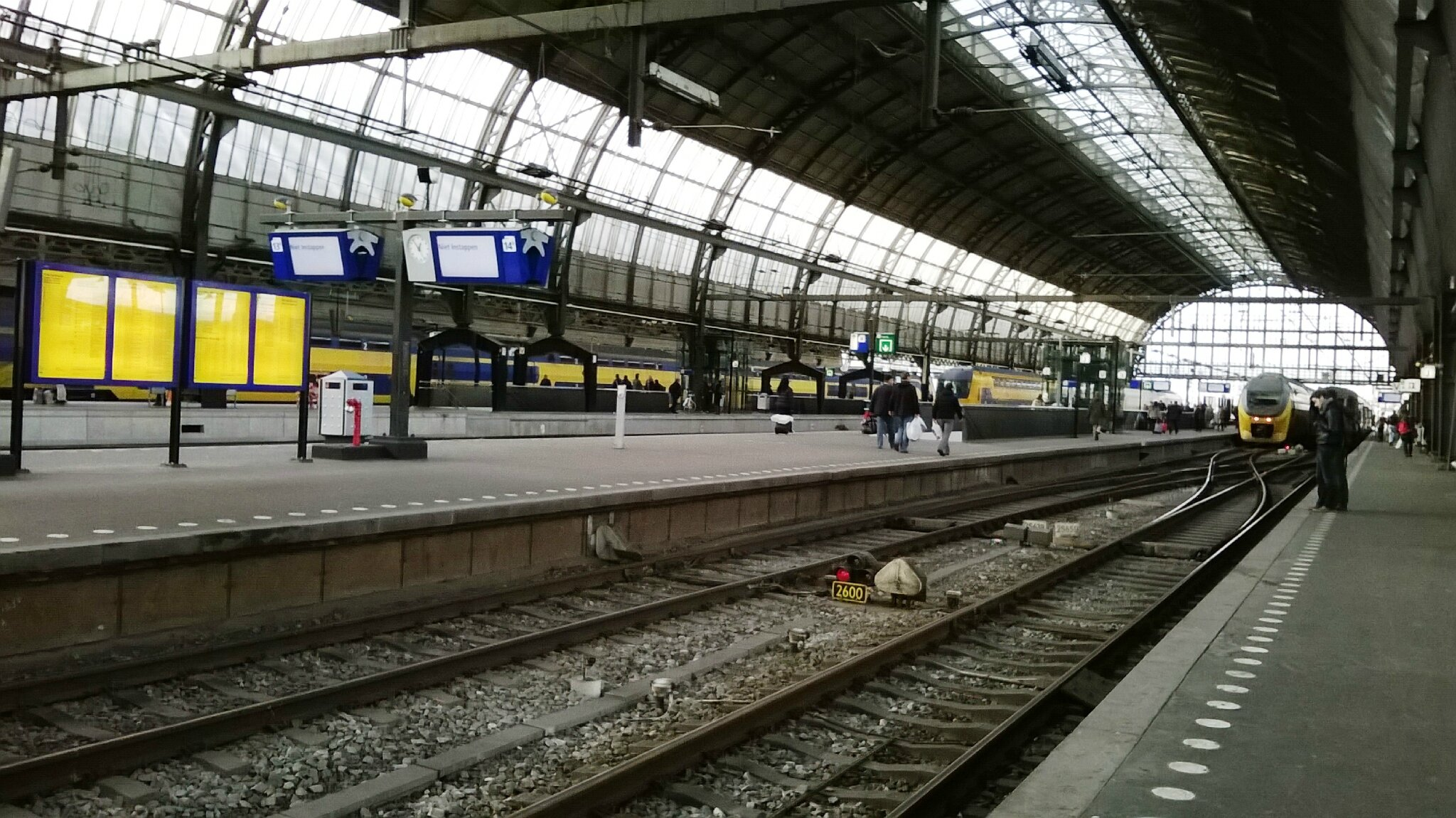 Amsterdam Ceentral (Pays-bas) Quais