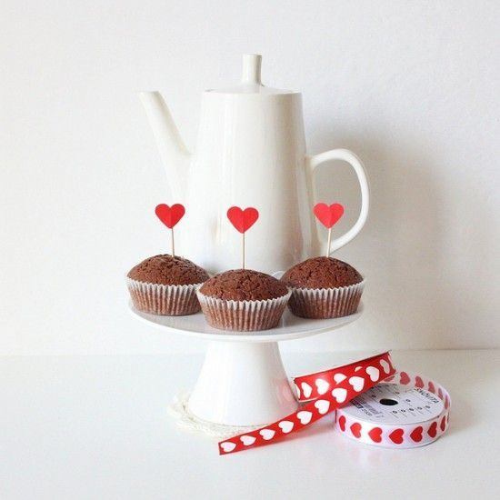 valentines_day_diy_easy_cupcake_toppers_tutorial_craft_craft_35400213635_cccab8cefa_z_550x550
