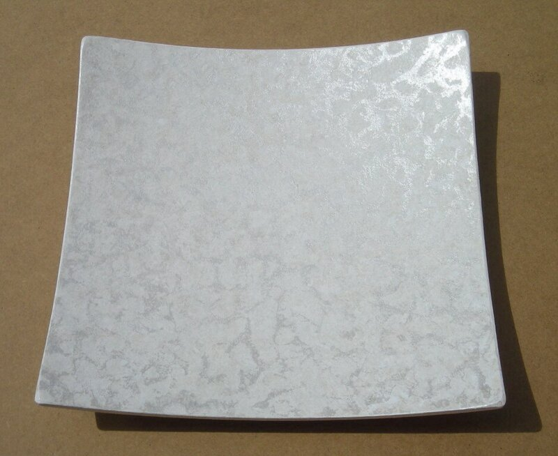 Vide poche carr forme curv e en bois blanc ivoire for Objet deco gris