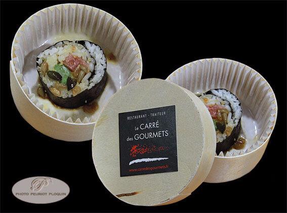 CAUSSADE_fete_de_la_gastronomie_2017_Veau_de_l_Aveyron_fume_facon_maki_par_Frederic_Raffi_Le_Carre_des_Gourmets_a_Saint_Antonin_Noble_Val_boite