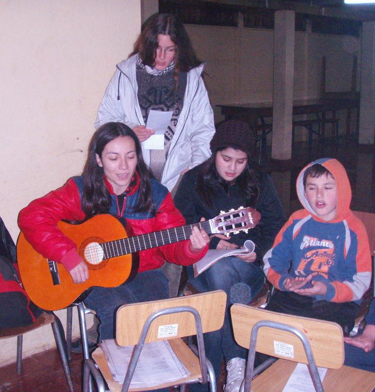Pilar, Marie-Hermine, Nicole y Andrés
