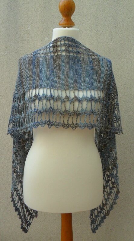 Ceres-shawl-crochet-Angele Lumiere