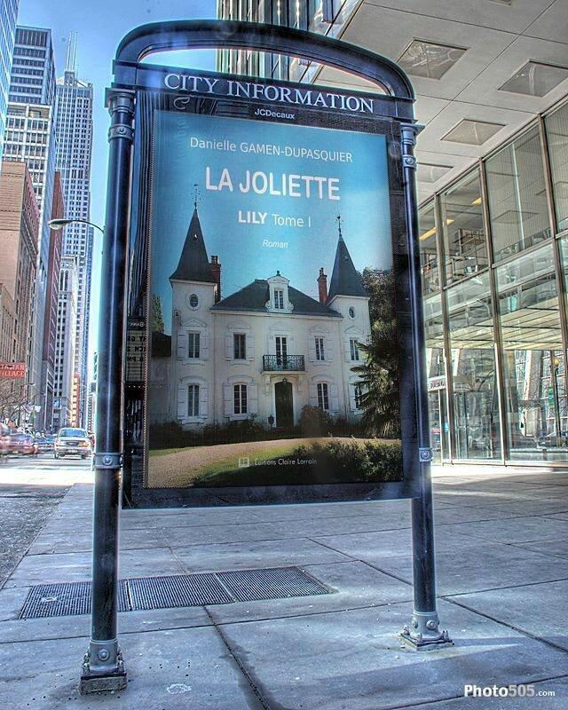 Couverture dans panneau City Information