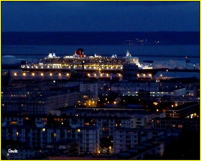 """ QUEEN MARY 2 "" ."