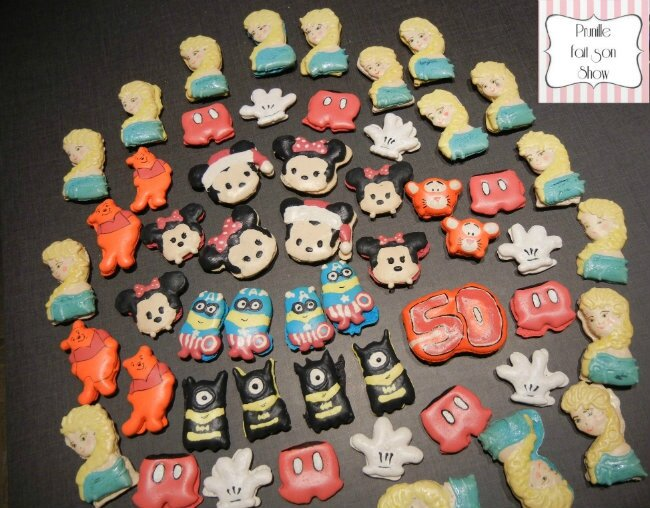 "Assortiment de macarons ""Cartoons"", macarons design..."