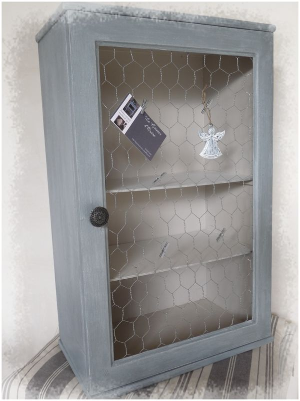ancienne armoire pharmacie relook e photo de patines le grenier d 39 orane. Black Bedroom Furniture Sets. Home Design Ideas