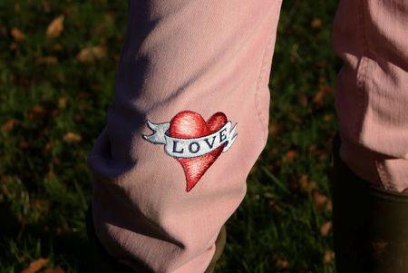 LoveOnPinkJeans