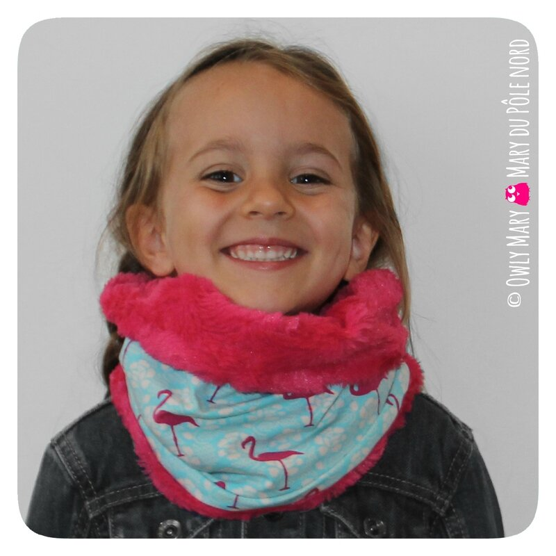 PH2016-09-21_023-owly-mary-du-pole-nord-fait-main-snood-tour-de-cou-enfant-flamant-rose-motif-rayure-raye-marin-marinier-bleu-marine-pois-fuchsia-etoile-fushia-fille