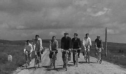 copains-yves-robert-1964-L-zLZhLp