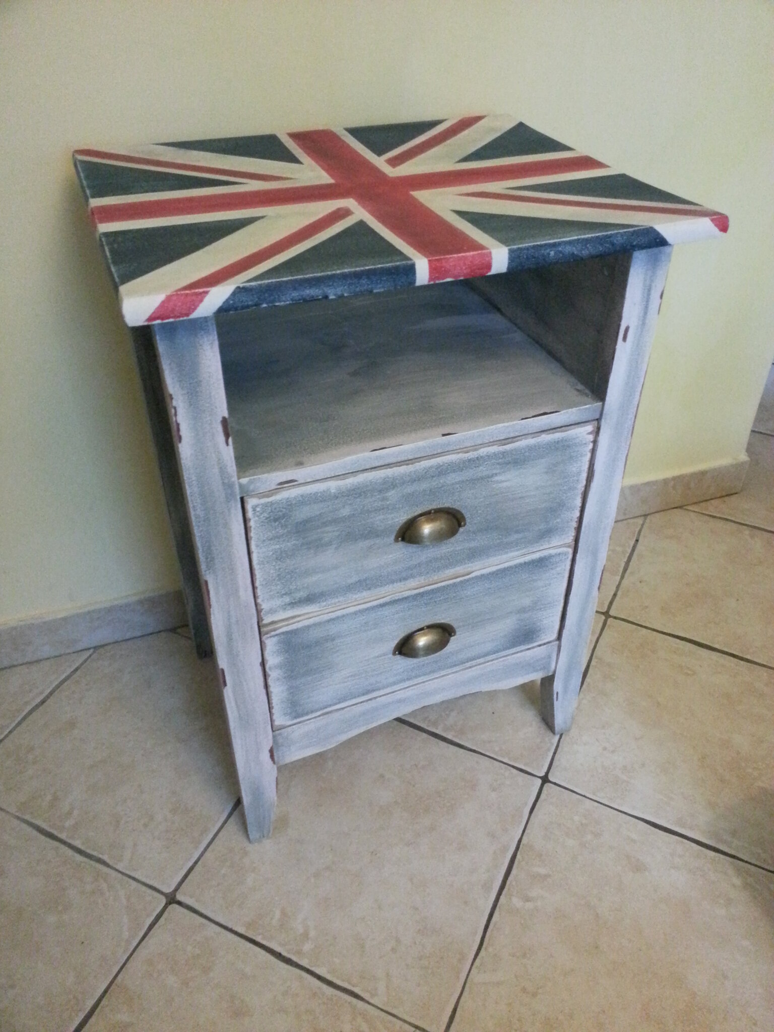 Table de nuit union jack patin e r cup 39 art d co - Table de nuit en anglais ...