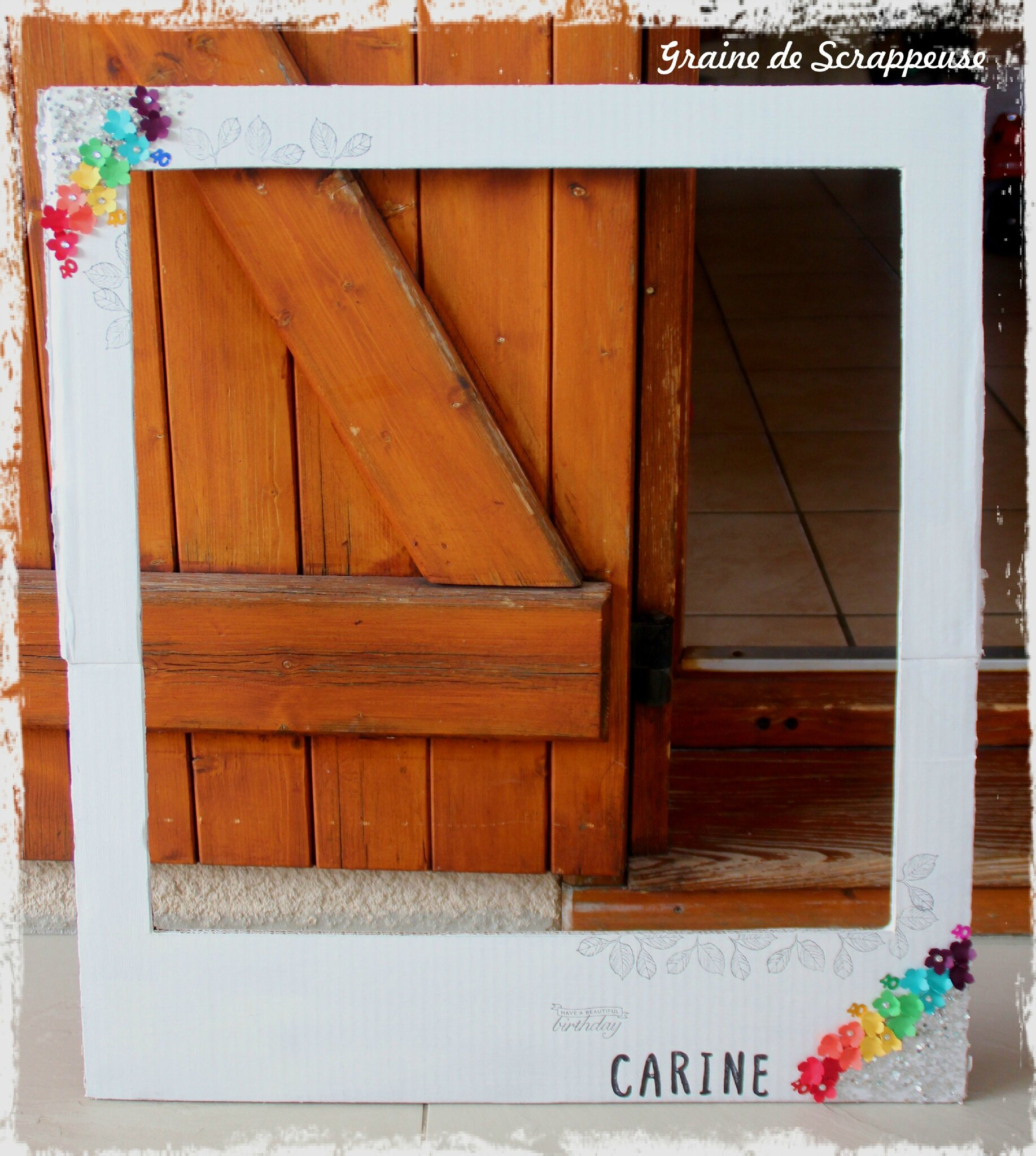 cadres pour photobooth arc en ciel graine de scrappeuse. Black Bedroom Furniture Sets. Home Design Ideas