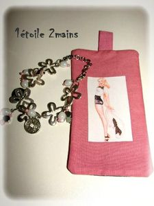 pochette rose pin up
