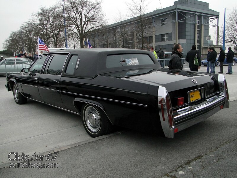 cadillac-fleetwood-limousine-1983-02