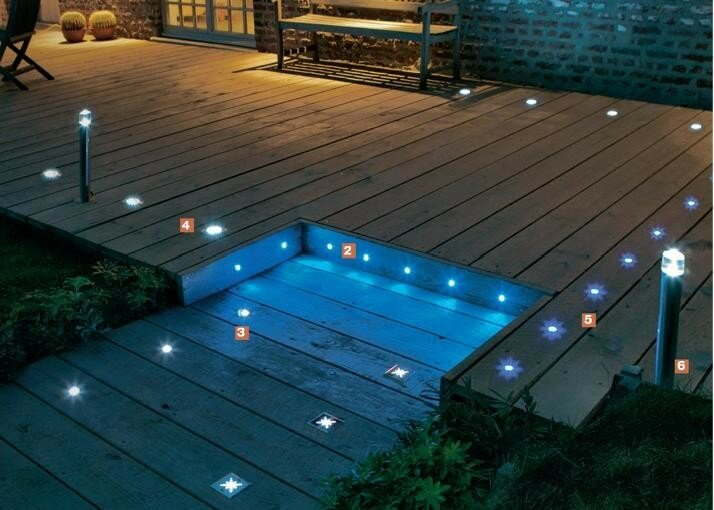 Des spots int gr s la terrasse photo de am nagement ext rieur la construction de notre - Spot de terrasse led ...