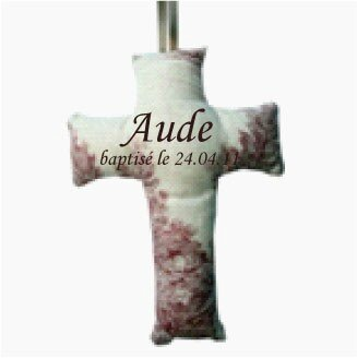 croix-personnalisee-tissu-toile-de-jouy-rouge