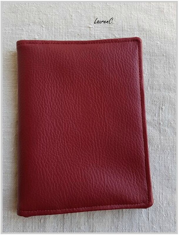 PORTEFEUILLE ROUGE PRES