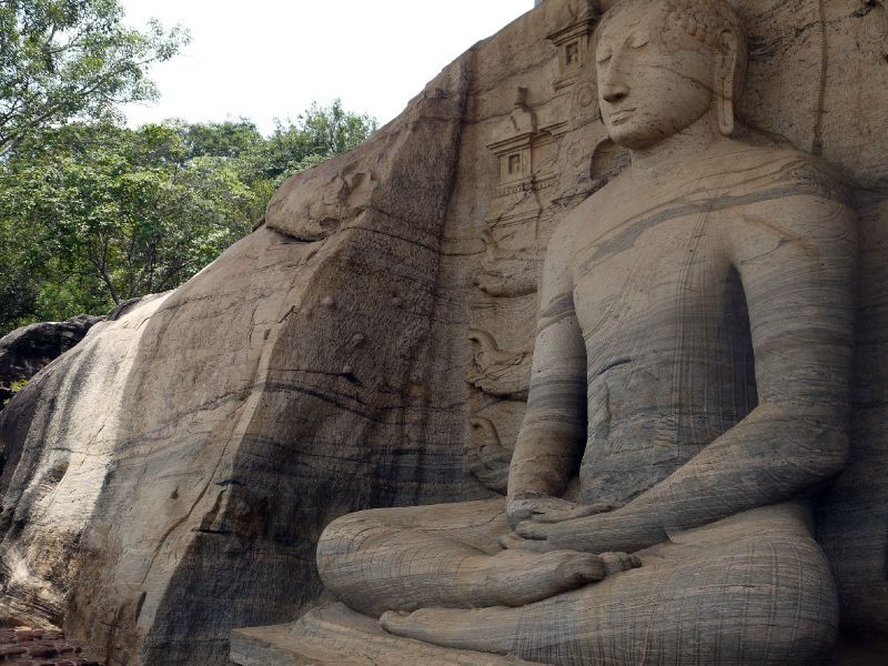 Sri Lanka Polonnaruwa bouddha assis