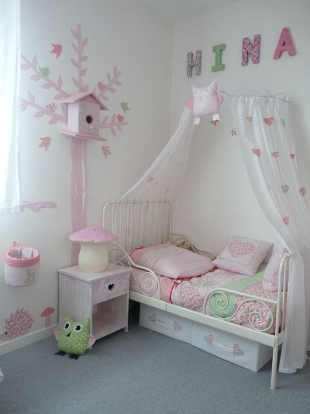 D co chambre fille ciel de lit for Photo de lit pour fille