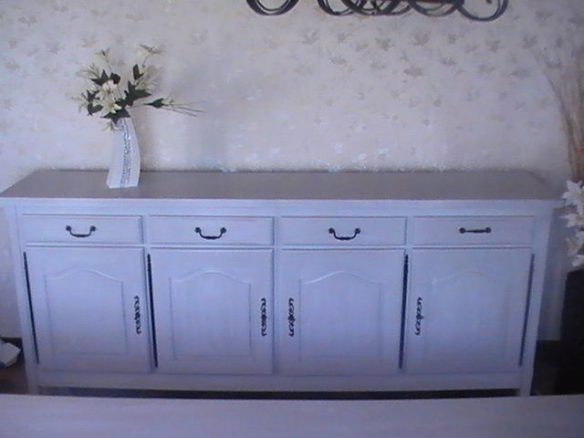 Buffet en ch ne relook decor 39 in id es conseils for Moderniser un meuble ancien