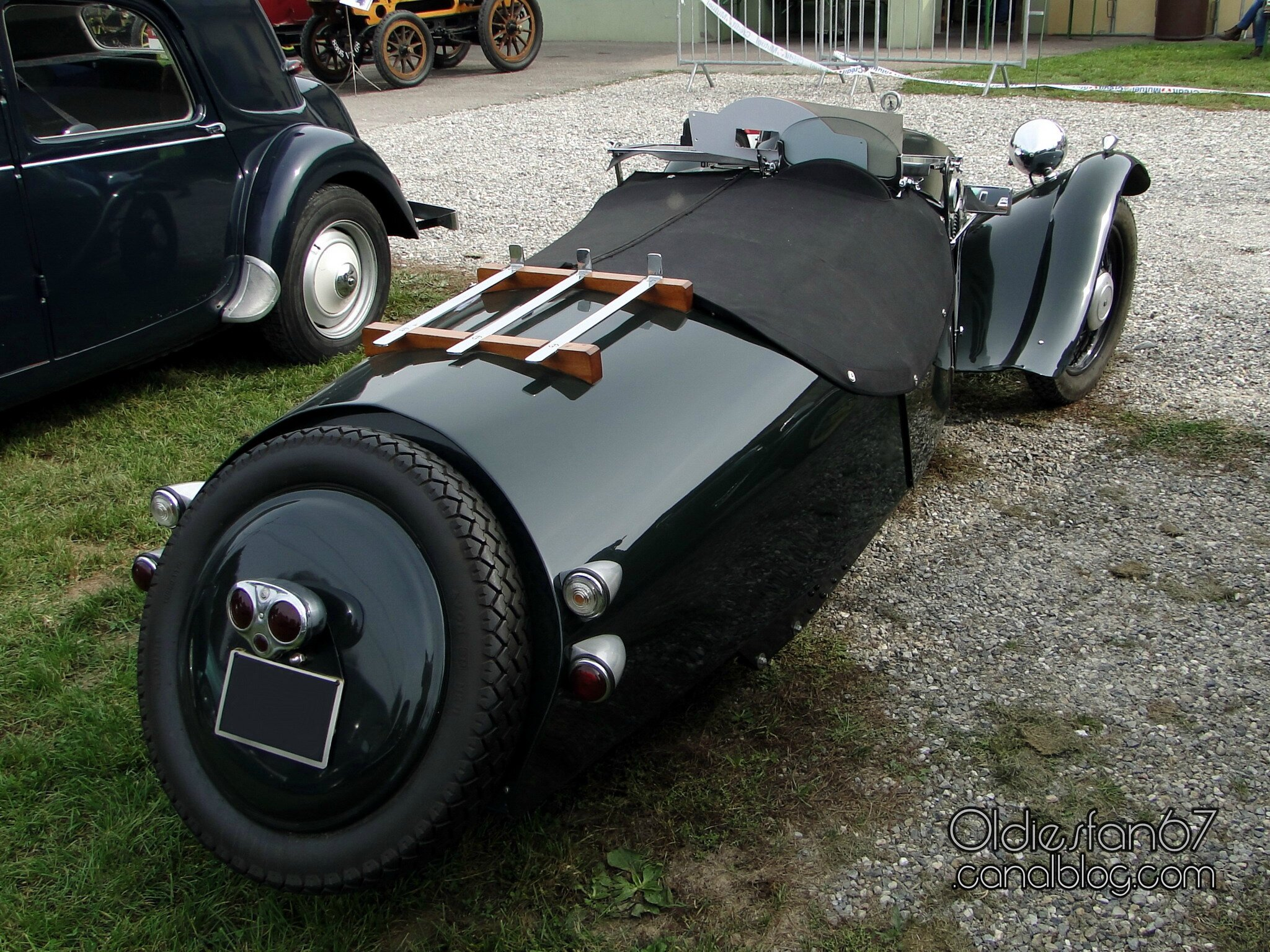 morgan f super three wheeler 1949 oldiesfan67 mon blog auto. Black Bedroom Furniture Sets. Home Design Ideas