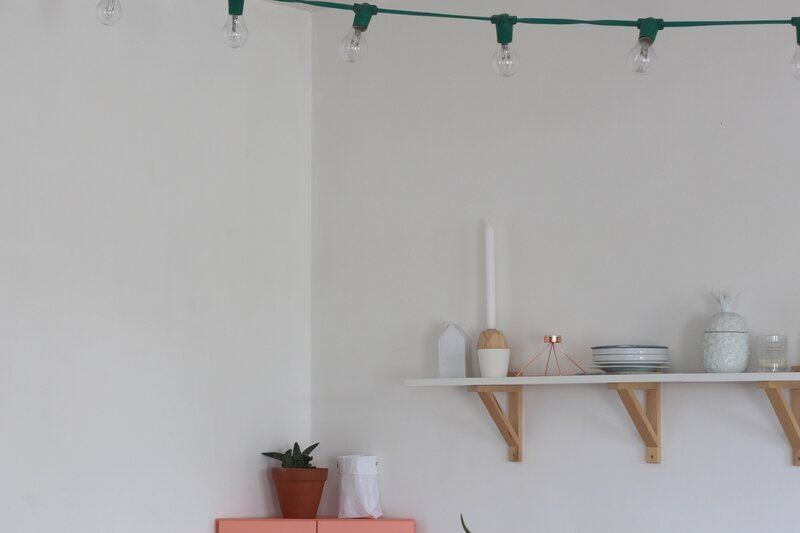 le meuble rose emilie sans chichi. Black Bedroom Furniture Sets. Home Design Ideas