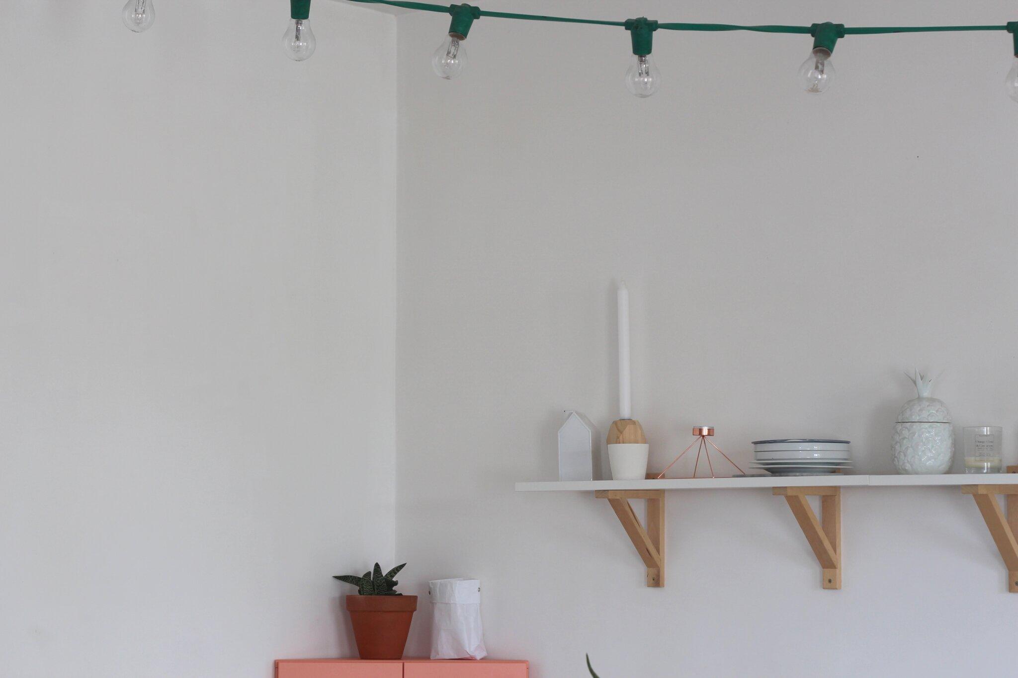 Le meuble rose emilie sans chichi - Guirlande guinguette ikea ...