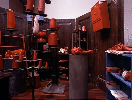 louise_bourgeois_red_room_child