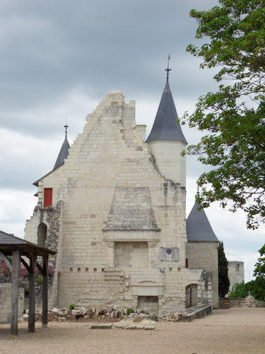 Chateau_de_Chinon_5
