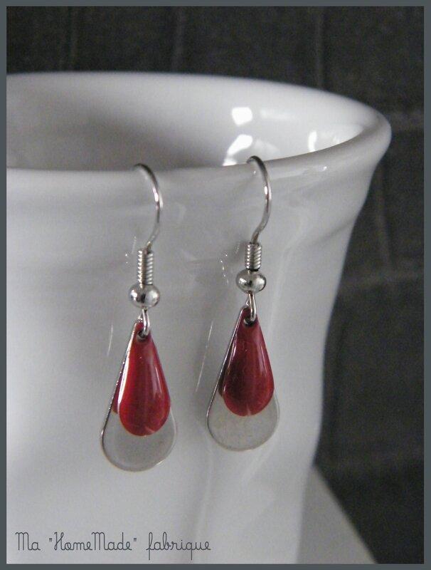 boucles d'oreilles gouttes d'eau rouge1
