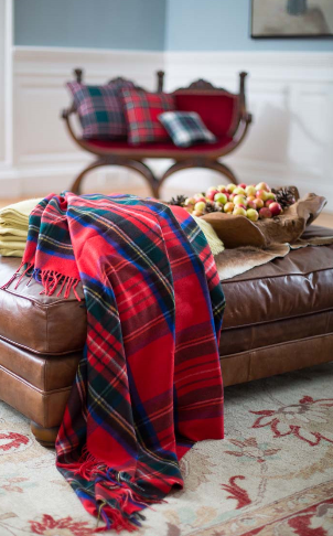 luxury cashmere throw royal stewart tartan 595 livres sterling (2)