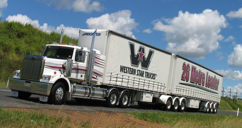 western-star-4864-04
