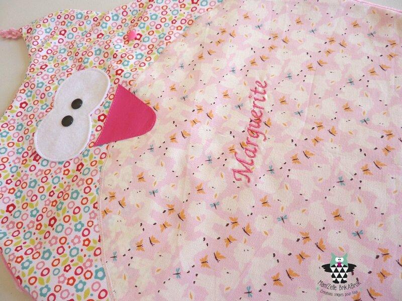 Range pyjama Marguerite détail