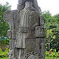 28_Châteaulin_statue Jean Moulin