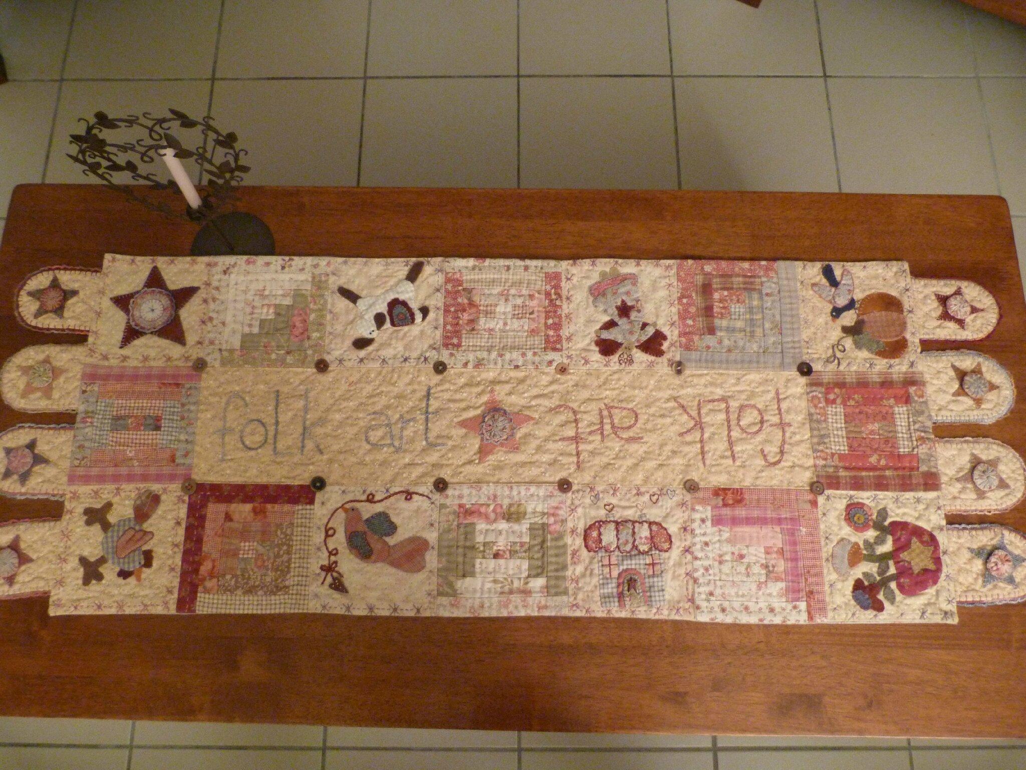 Le chemin de table 30 photos isa country quilt - Chemin de table en patchwork ...