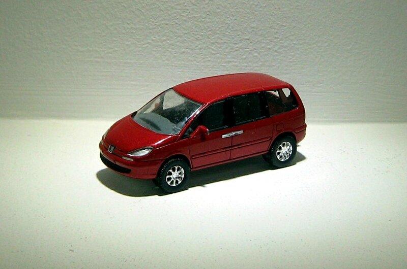 Peugeot 807 V6 (Norev)